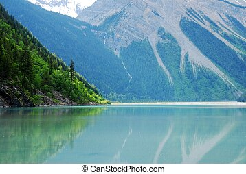 Kinney Lake,Canadian Rockies,Canada - Kinney Lake with...