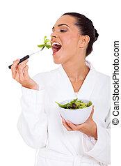 健康, 女, 食べること, 若い, サラダ