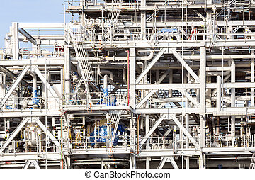 Refinery plant - Assembling of liquefied natural gas...