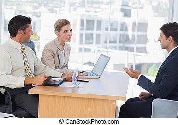 empresa / negocio, gente, Oratoria, Durante, entrevista