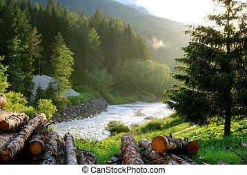 Hajnal a Dolomitokban - A hajnal csods fnyei ragyogjk be a...