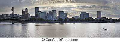 Kayaking Along the Willamette River in Portland Waterfront -...