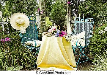 Quaint Garden Tea