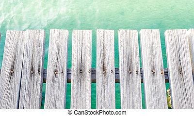 plataforma, ao lado, mar