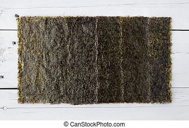 Several pieces of dried seaweed - Several sheets of dried...