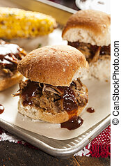 Smoked Barbecue Pulled Pork Sliders with Sauce