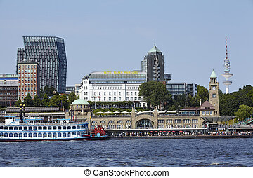 Hamburg (Germany) - Gangplanks and skyline - The harbour,...