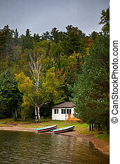 Cottage On The Lake