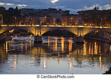 Tiber and Ponte Vittorio Emanuele II at dawn