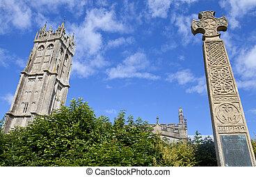 St John's Church and War Memorial in Glastonbury