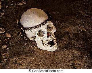 Skull in Chauchilla archeological site near Nazca (Peru)
