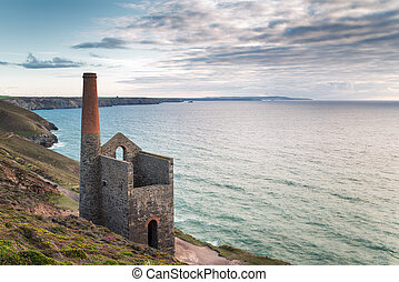 Wheal Coates Tin Mine in Cornwall - The coast at St Agnes in...