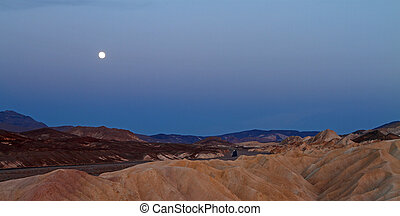 moonrise in Death Valley