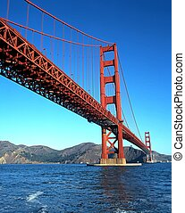 Golden Gate Bridge, San Francisco - Golden Gate Bridge seen...