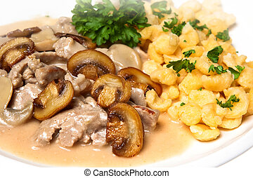 Spaetzle with pork and mushrooms