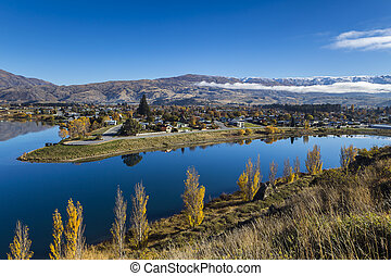 Lake Dunstan, Otago New Zealand