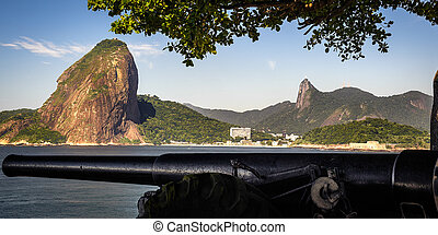 Sugarloaf Mountain - Cannon at the waterfront with Sugarloaf...