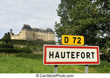 Town sign of the city of Hautefort