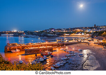 Newquay Cornwall England - Full moon over the harbour and...