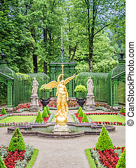 fountain at castle linderhof