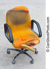 Ruin chair