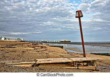 Groynes and post on Worthing beach - Groynes and a post on...