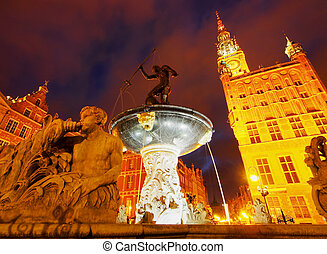 Dlugi Targ Street in Gdansk, Poland - Night view of Dlugi...