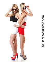 Llevando,  mini, dos,  Sexy, faldas, mujeres