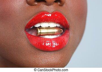 lábios, mulher, com, Um, bala, fumaça