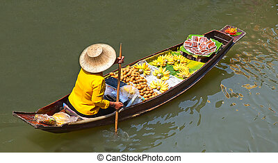 Floating Market - Damnoen Saduak floating market in...
