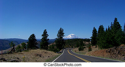 Mt Adams - Highway to Mt Adams