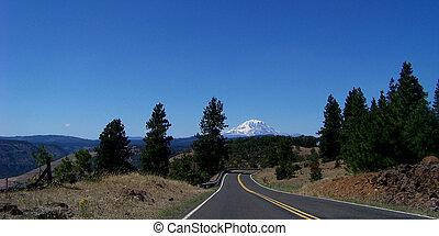 Mt Adams - Highway to Mt Adams