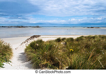 Bretagne beach - Great beach and dunes during tide in the...