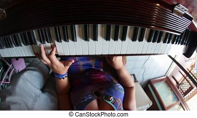 piano for beginners  - piano lesson for beginner