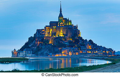 Mont St Michel, Normandy, France - Baha de Le Mont St...