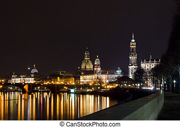 Elbflorenz - view of the skyline of Dresden at night with...