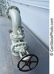 Steel pipelines and valves