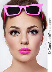 Girl with sunglasses - Portrait of young beautiful woman...