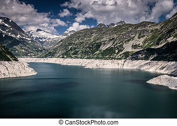 Kaprun dam lake-the highest power plant in Austria