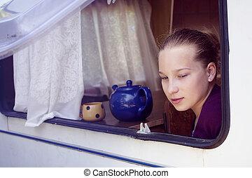 girl memories remember think caravan travel - girl sitting...