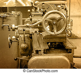 Turning lathe in the workshop