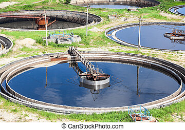 Primary circular sedimentation tanks for sewage cleaning...