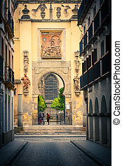 Gate to La Giralda in Sevilla - Gate to La Giralda, Sevilla,...
