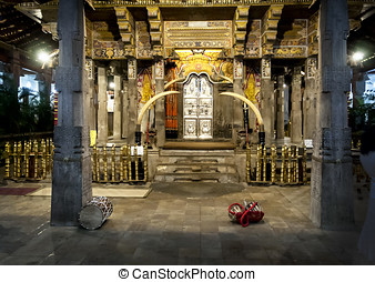Temple of Tooth of Budda. Candy, Sri Lanka. - Temple of...