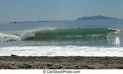 Waves 3 - Beautiful Waves - Location Port Hueneme, CA