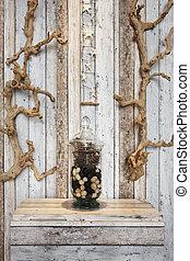 Household decoration elements