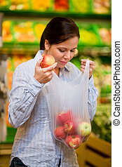 Purchases of fruit vegetables in the supermarket