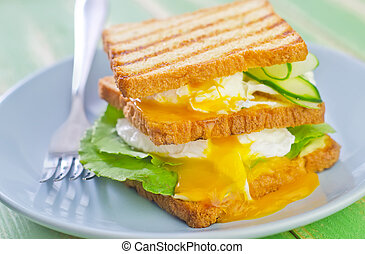 egg with bread