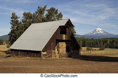 Hay Barn Ranch Countryside Mount Adams Mountain Farmland -...