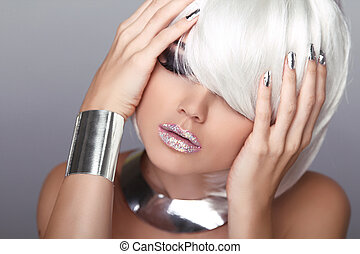Blond Woman. Sexy beauty girl portrait. Lips. Fashion Haircut. Hairstyle. Stylish Fringe. Short Hair Style